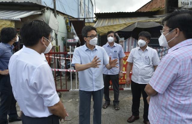Phó Thủ tướng Vũ Đức Đam nói về phương án khoanh vùng, dập dịch ở TP HCM và vùng lân cận