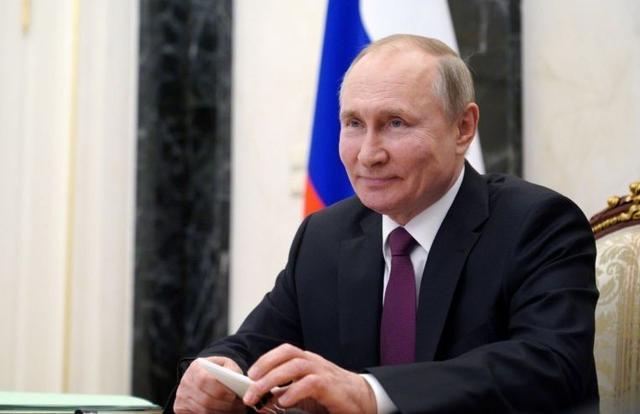 Tổng thống Putin ký luật cho phép ông tranh cử thêm 2 nhiệm kỳ