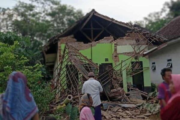 Indonesia: Động đất làm 6 người tử vong