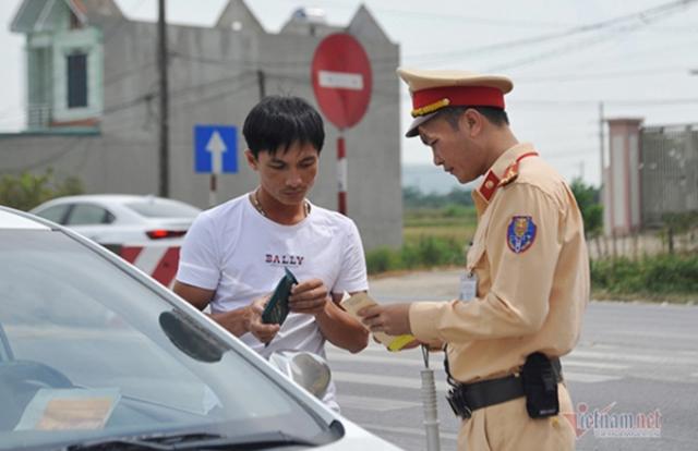 Bớt phiền toái, tăng minh bạch sau khi bỏ giấy đăng kiểm ô tô?