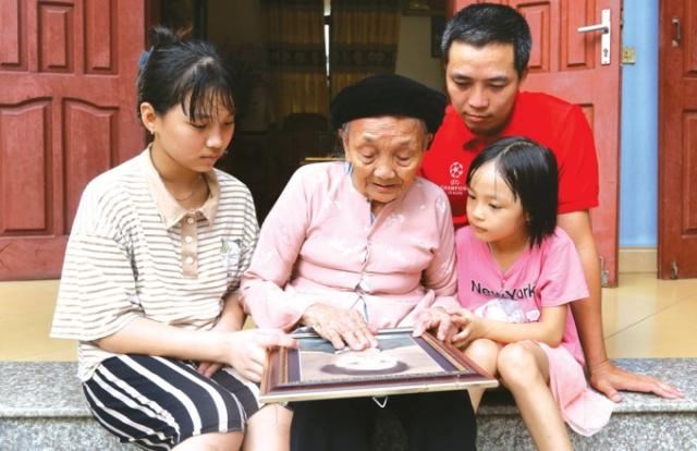 """Mẹ Việt Nam Anh hùng: """"Mẹ của Việt Nam, mẹ của anh hùng"""""""