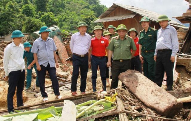 Không tổ chức kỷ niệm Ngày truyền thống, CA Thanh Hóa dành sức giúp người dân vùng lũ