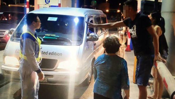Tổng Cục đường bộ yêu cầu VEC rút quyết định cấm 2 ô tô