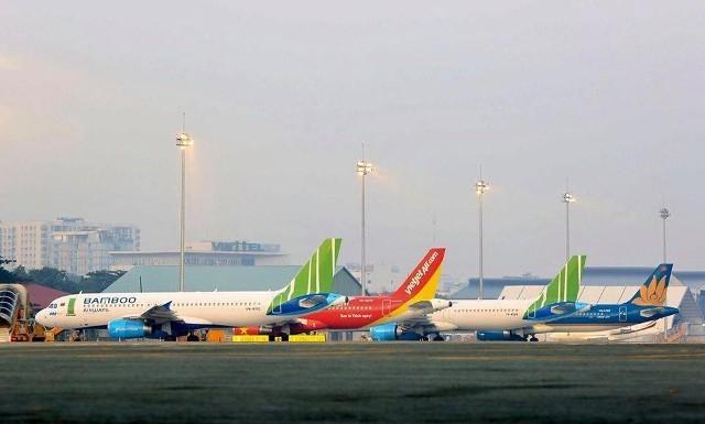 Hạn chế tối đa số lượng chuyến bay từ các tỉnh, thành phố thực hiện Chỉ thị 16 đến Hà Nội