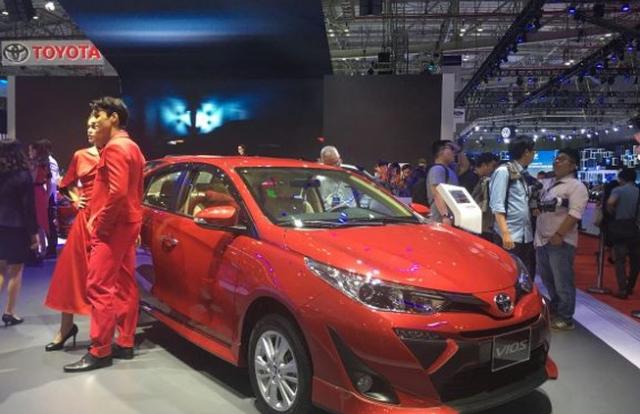 Bảng giá xe Toyota tháng 1/2020: Fortuner, Innova và Altis giảm giá sâu để cạnh tranh