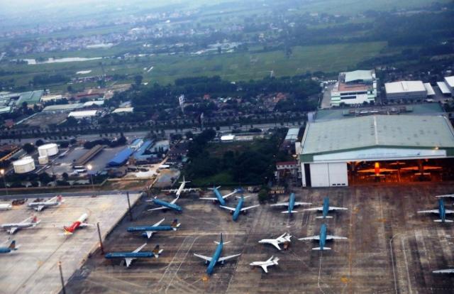 """Tin kinh tế 6AM: Tạm thời chưa xem xét thành lập hãng hàng không mới; Thị trường ô tô """"lao dốc"""" trong tháng 4"""
