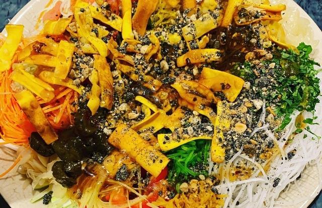 Người Việt kể chuyện ăn Tết ở trời Tây với loạt phong tục độc lạ