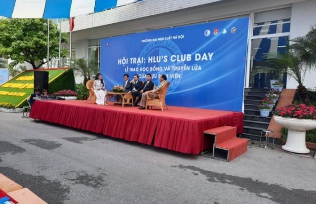 """""""HLU's Club Day"""" - Hội trại kỉ niệm 40 năm thành lập Trường Đại học Luật Hà Nội"""