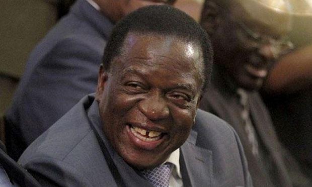 """Mnangagwa - """"Người hùng"""" trở lại?"""