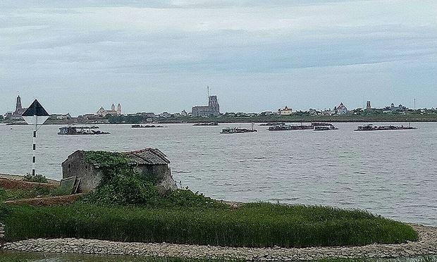 """Vụ Cty CP Thủy sản Xuân Thủy khai thác cát sai phép trên sông Hồng: """"Đá"""" trách nhiệm, có dấu hiệu """"né tránh"""" báo chí"""