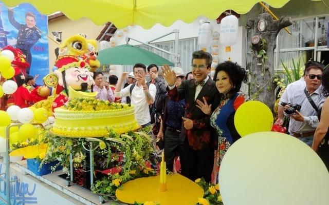 """Nghệ sỹ Thanh Bạch an tâm với """"vườn Thúy Nga"""", bỏ qua nỗi lo thực phẩm bẩn"""