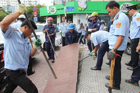 Bản tin Sài Gòn Plus: Kiên quyết xử lý tình trạng lấn chiếm vỉa hè, lòng đường