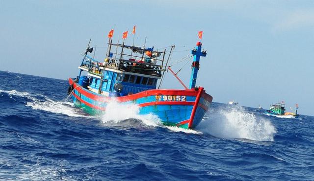 Đầu tháng 5 xảy ra 4 vụ tai nạn tàu cá trên biển, 2 người thiệt mạng