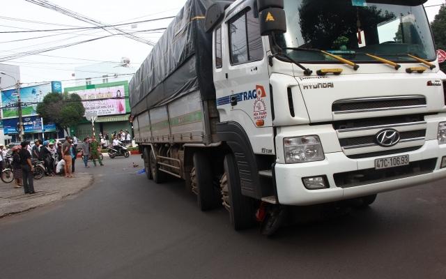 Đắk Lắk: Bị xe tải cán qua người, cô gái trẻ tử vong ngay tại chỗ