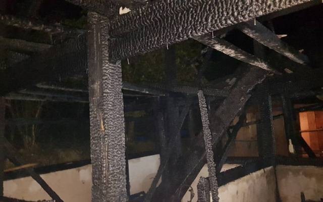 Hà Giang: Cháy nhà sàn 3 gian, 1 cháu bé tử vong