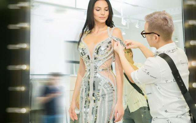Hoa hậu Siêu Quốc gia 2018 khoe đường cong sexy khó cưỡng khi thử đầm dạ hội thời trang Việt