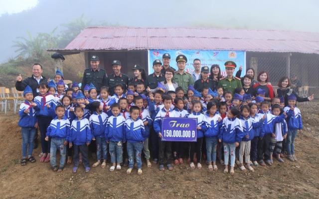 Nhật ký Mường Lống: Hành trình quỹ trao tặng yêu thương đến với học sinh vùng cao
