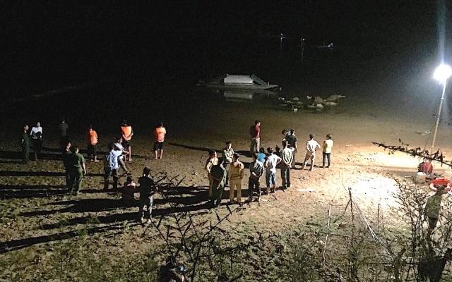 Tìm thấy thi thể 2 học sinh mất tích trên sông Hiếu
