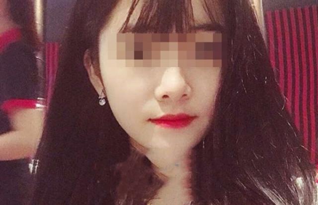 Chân dung hotgril 21 tuổi môi giới mại dâm ngay tại nhà nghỉ của gia đình