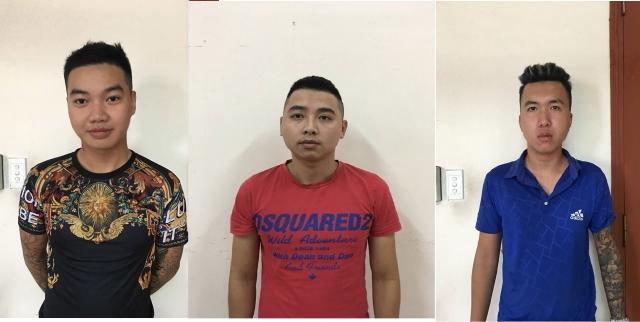 """Hot: Công an huyện Gia Lâm bắt giữ hàng loạt đối tượng ném """"bom bẩn"""" vào nhà dân"""