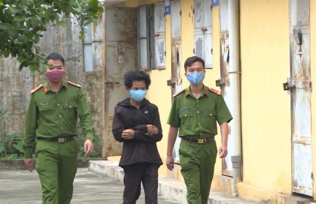 """Bắt giữ khẩn cấp """"yêu râu xanh"""" dâm ô với bé gái 9 tuổi ở Thái Bình"""