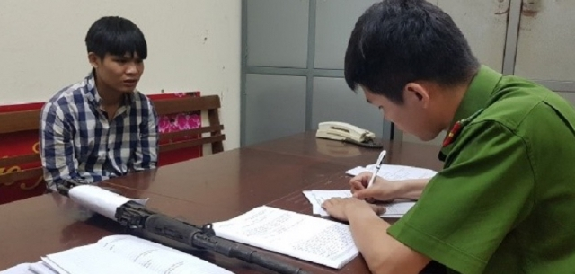 """Lạng Sơn: Bắt giữ đối tượng mang """"hàng nóng"""" đi bán để lấy tiền mua ma tuý"""