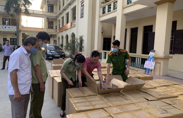 Bắt giữ vụ buôn lậu thuốc lá 555 lớn nhất từ trước đến nay ở Hưng Yên