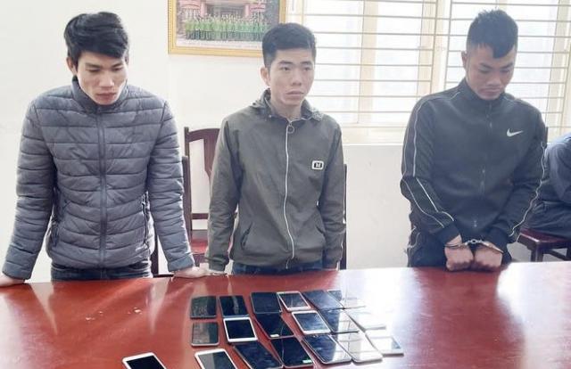 Hà Nội: Bắt nhóm đối tượng gây ra hàng loạt vụ cướp tài sản
