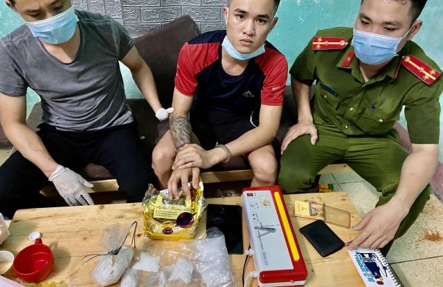 """Bắt đối tượng ma tuý """"cộm cán"""" ở Thanh Hoá"""