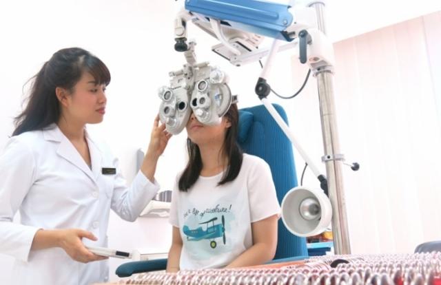 Ortho K - Điều chỉnh cận loạn thị không phẫu thuật