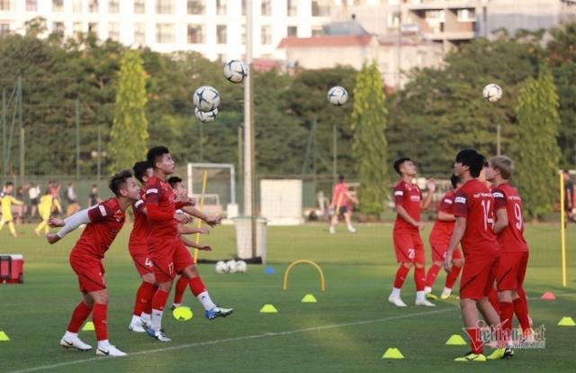 "Việt Nam - UAE: ""Ma trận"" của thầy Park?"