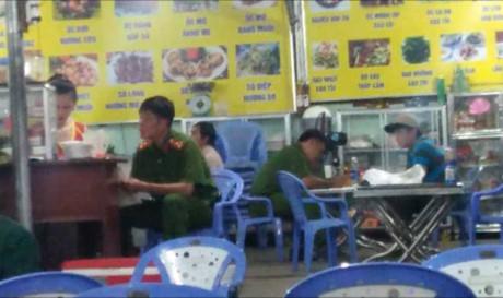 TP HCM: Truy bắt kẻ xông vào quán đâm trọng thương đầu bếp
