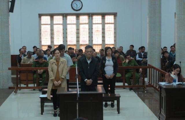 Cặp đôi chồng Hàn, vợ Việt lừa xuất khẩu lao động hàng trăm người