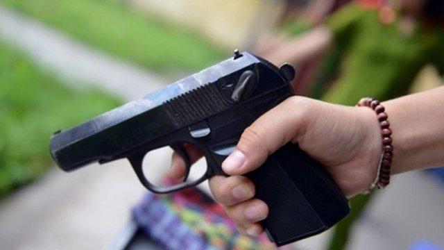 Truy tìm 3 đối tượng nổ súng vào người đàn ông trên quốc lộ 47