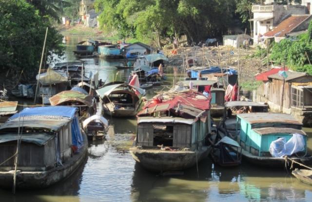 Thanh Hóa: Lênh đênh làng chài nghèo giữa lòng thành phố