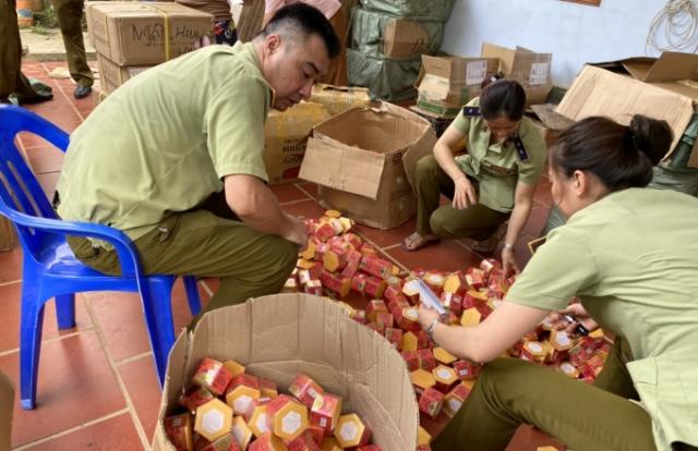 Hà Giang: Thu giữ gần 20.000 mỹ phẩm không hóa đơn, chứng từ