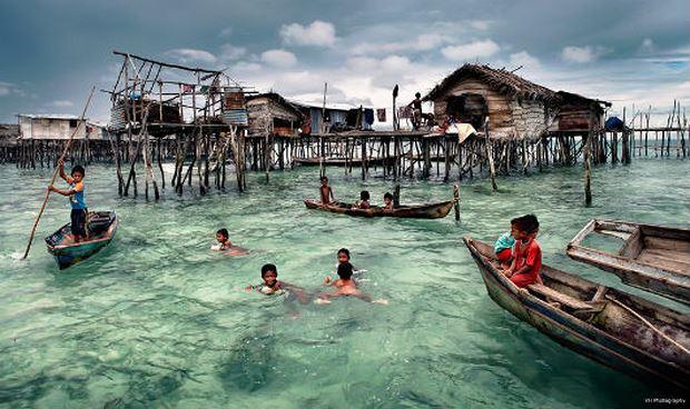 Kinh ngạc của bộ tộc 'người cá' không quốc tịch