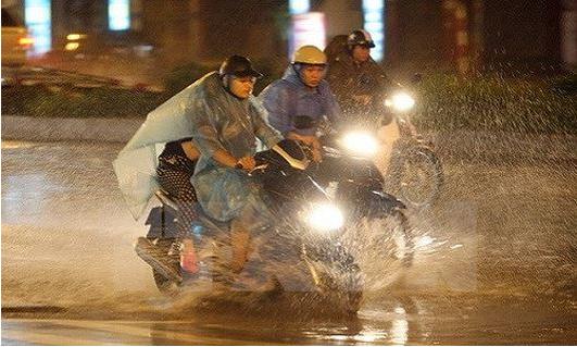 Đêm nay Hà Nội và nhiều nơi khả năng mưa dông, cuối tuần trời mát