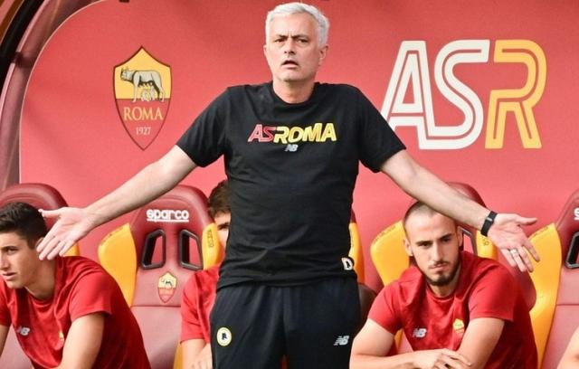 Mourinho và hành trình đầy gian nan với AS Roma