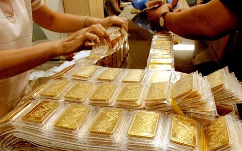 """Giá vàng hôm nay 9/7: Giá vàng tăng """"phi mã"""", chạm ngưỡng cao """"không tưởng"""""""