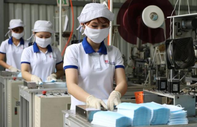 Tin kinh tế 6AM: Việt Nam xuất 415 triệu khẩu trang ra thế giới