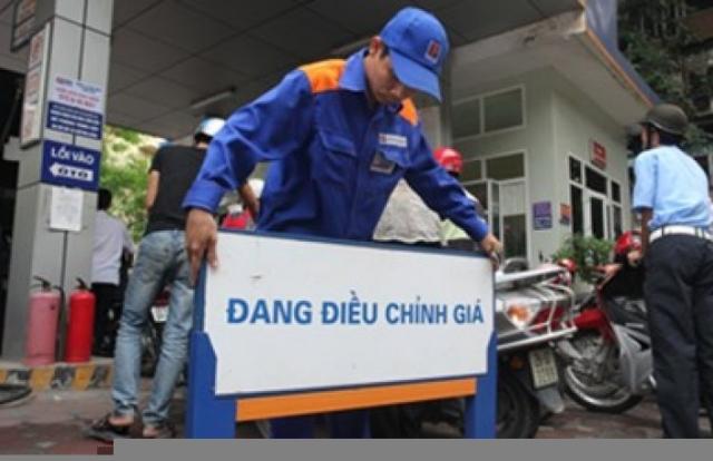 Giá xăng, dầu đồng loạt tăng mạnh từ 16h chiều nay