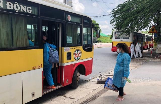 Bắc Giang đưa công nhân ngoại tỉnh tạm thời trở về địa phương