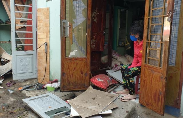 Bình Dương: Vừa mở cửa thì căn nhà phát nổ, một người nguy kịch