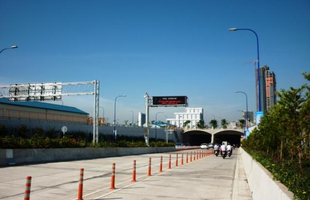 Cấm xe lưu thông qua hầm vượt sông Sài Gòn 2 ngày