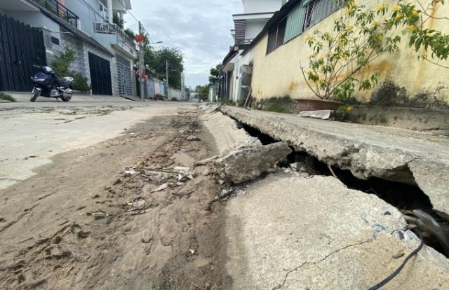 Xây nhà lấn suối khiến cả khu dân cư ở TP Biên Hòa ngập lụt: Sẽ bán nhà nếu còn kéo dài