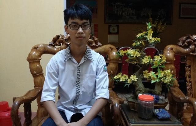 Nam thủ khoa Phú Thọ: Bí quyết là làm bài tập thật nhiều