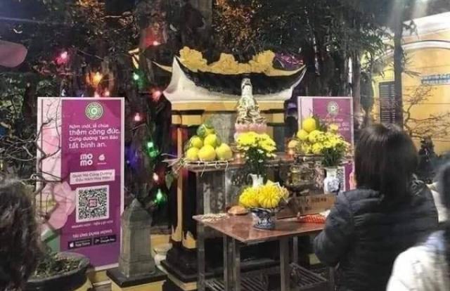 """Giáo Hội Phật giáo Việt Nam lên tiếng về """"cúng dường online"""""""