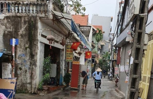 """Hà Nội: Thu hồi đấtđền bù với giá bèo, nhiều hộ dân sắp rơi vào cảnh """"màn trời chiếu đất""""?"""