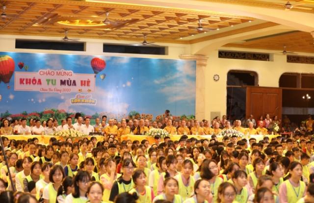 Quảng Ninh: Khai mạc khoá tu mùa hè cho hàng nghìn học sinh THCS tại chùa Ba Vàng